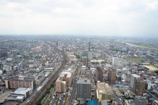 岐阜シティ・タワー43から西を望む