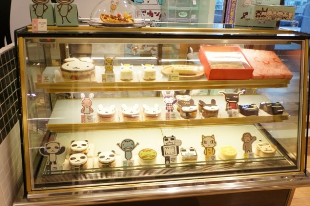 台湾 台北のARANZI Cafe 3号店のケーキ売り場