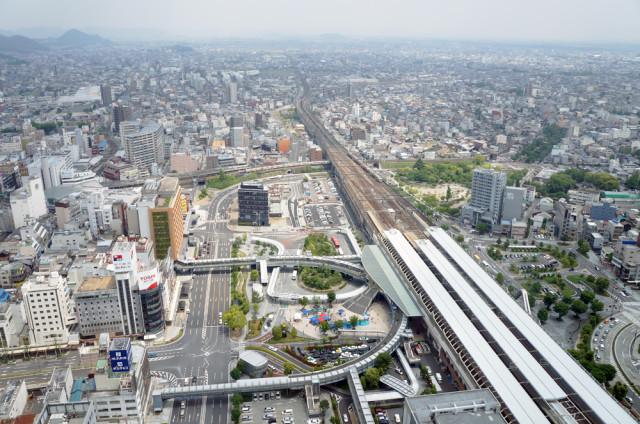 岐阜シティ・タワー43から岐阜駅前を望む