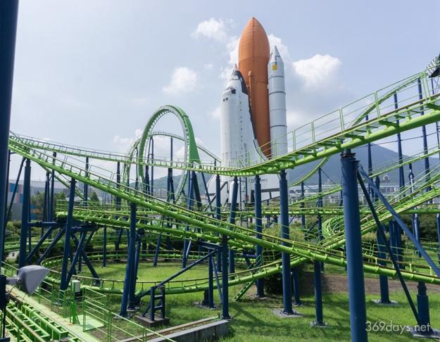 スペースワールドのジェットコースター「ヴィーナスGP」